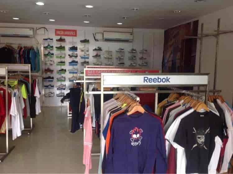 reebok outlet sales