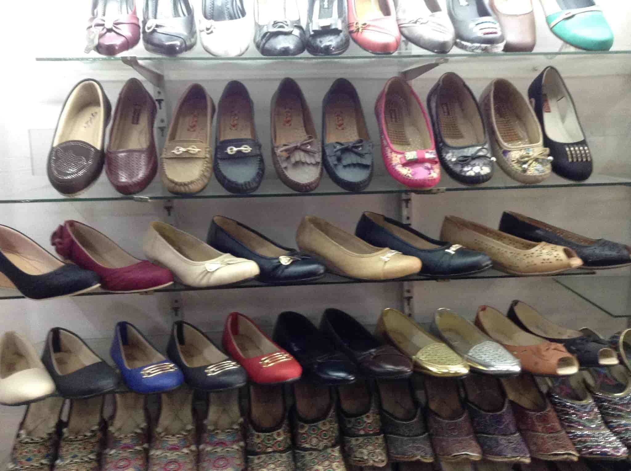 Empire Shoes, Chandigarh Sector 59 Phase 5 - Shoe Dealers in Chandigarh -  Justdial
