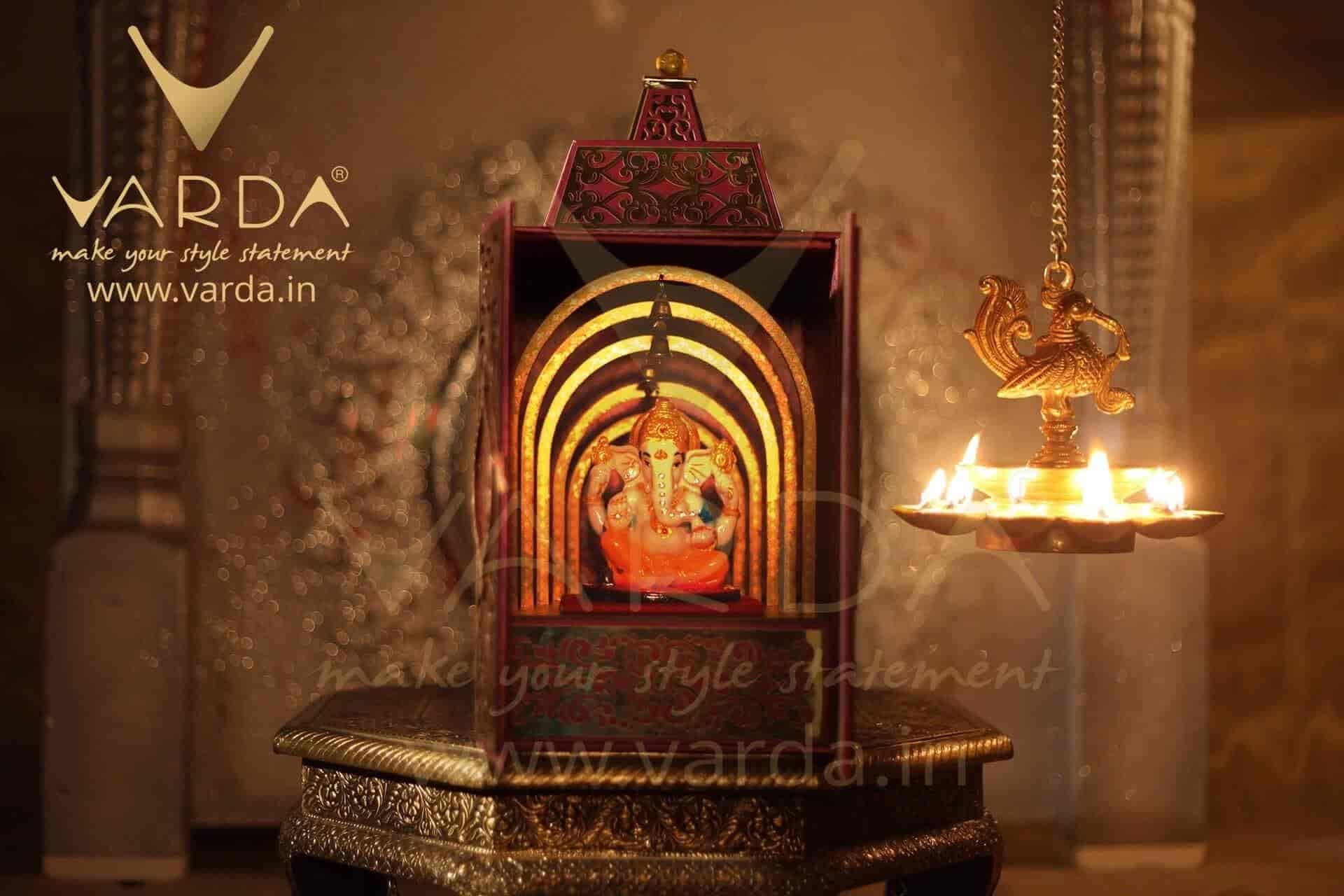 Varda designer invitation cards lajpat nagar 1 wedding card varda designer invitation cards lajpat nagar 1 wedding card designers in delhi justdial kristyandbryce Gallery