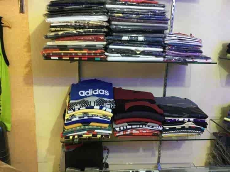 adidas showroom near uttam nagar