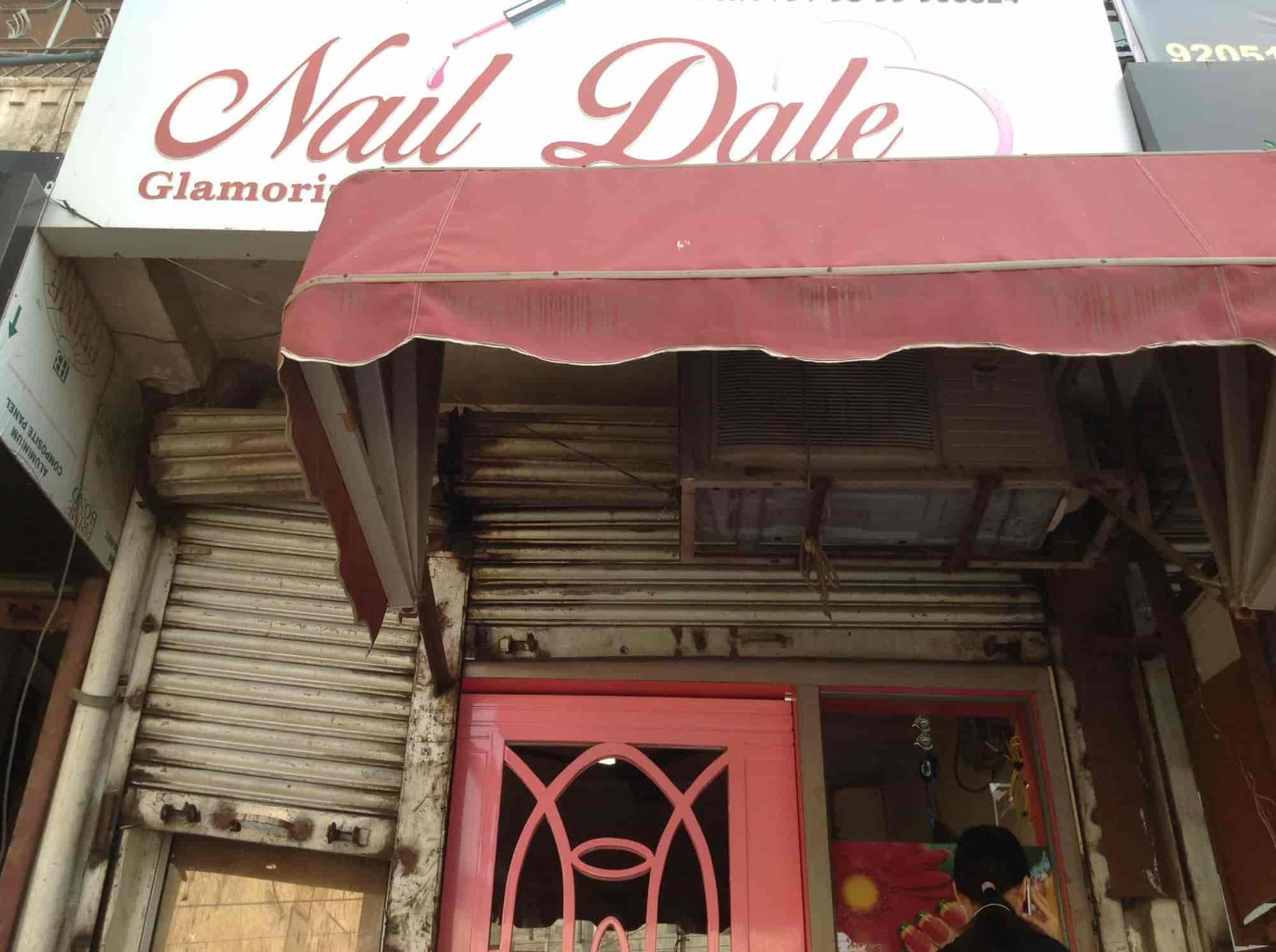 Nail Dale Photos, Pitampura, Delhi-NCR- Pictures & Images Gallery ...