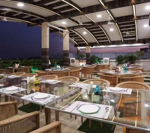 Patang Rooftop Restaurant Vijay Nagar Indore North Indian