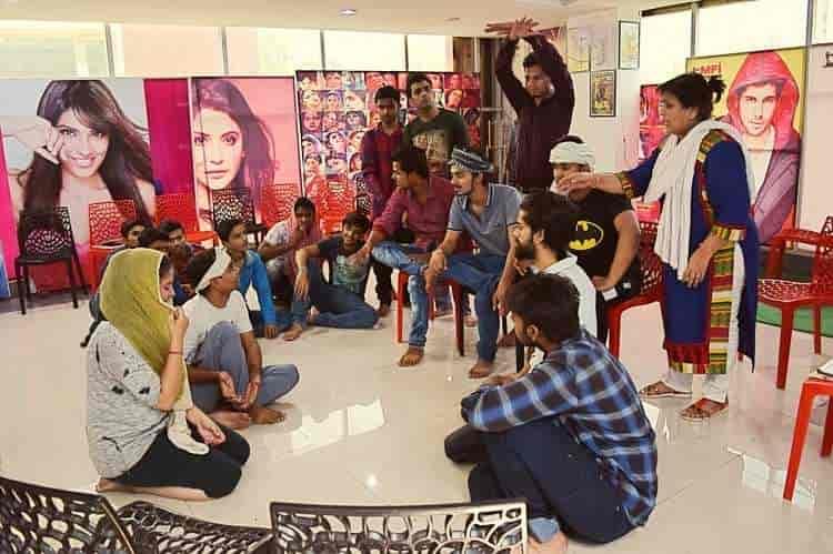 Mumbai Film Institute Hazratganj Lucknow