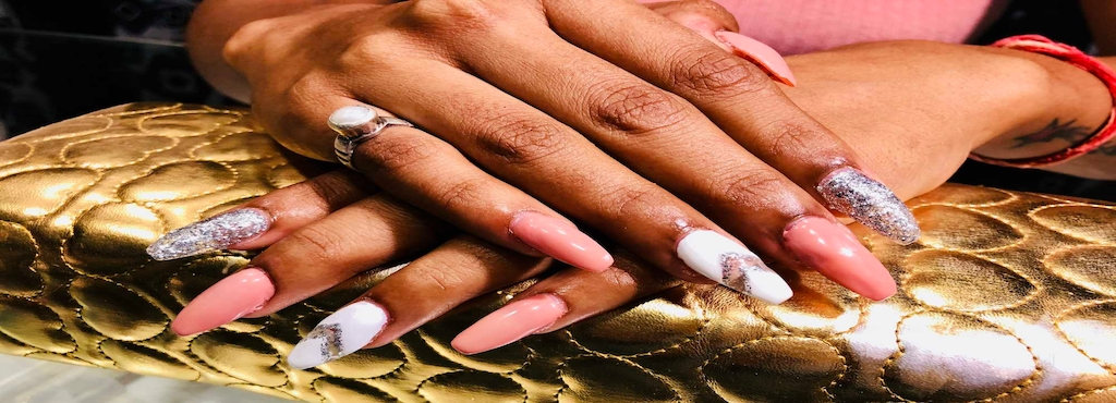 Vrs Nail Tech Adajan Road Beauty Parlours For Nail Art In Surat