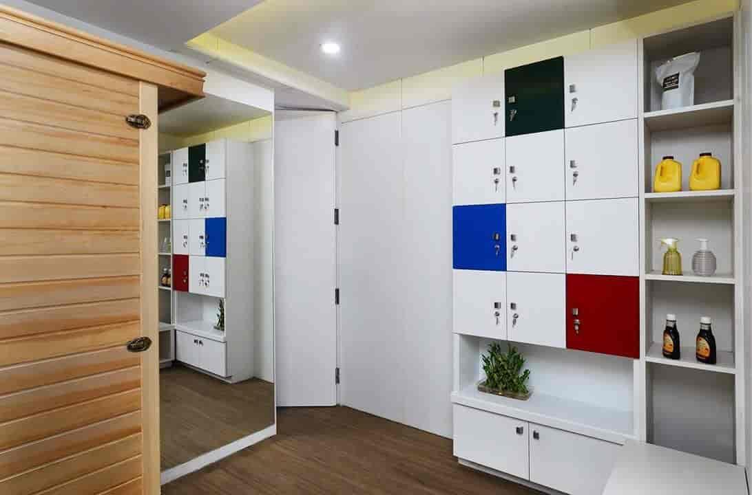 ... Locker room - 6th Element Photos, Sewasi, Vadodara - Gyms ...