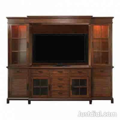 Bassett Furniture Direct North Dallas 4205 Mcewen Rd, Dallas, TX   75244  1of10